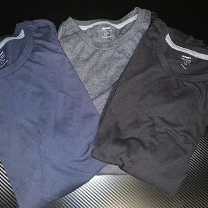 Bundle of 3 tees men's size L EUC!!